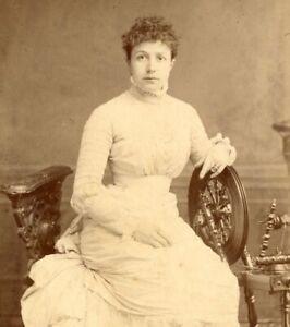 Robinson & Thompson lady portrait CDV Cabinet photograph card antique #29