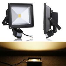 50W LED Fluter Flutlicht Strahler Scheinwerfer Außen Bewegungsmelder Warmweiß