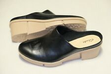 Clarks Black Leather ladies wedged shoes size 4/37 D Standard fit