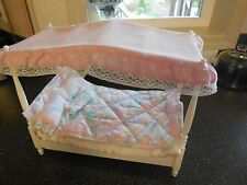 VINTAGE 1982 BARBIE DOLL CANOPY 4 POSTER DREAM BED w Accessories