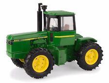 2017 ERTL 1:32 John Deere Model 8450 *4WD* Tractor *NIB!*