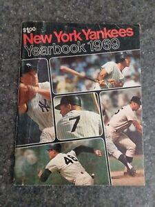 1969 New York Yankee Yearbook MICKEY MANTLE DEDICATION PEPITONE MURCER Free Ship