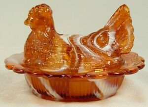 COVERED CHICKEN DISH CARAMEL SLAG GLASS HEN ON NEST CANDY