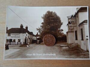 Vintage RP Postcard  The Street Hastingleigh - Kent 53390 2 Pubs  Sweetman
