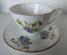 QUEEN ANNE CUP & SAUCER SET PATTERN #5340 BONE CHINA MADE IN ENGLAND set #57