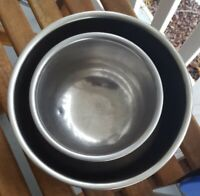 VINTAGE MCM SET LOT 2 STAINLESS STEEL MIXING BOWLS VOLLRATH MADE USA 3, 1.5