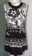 Neu Zero Tunika Bluse Top Gr. 36 - 38 schwarz weiß Blumen Fantasie Muster