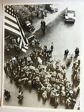 ww2 photo press , campagne Italy ,1944 , Naples