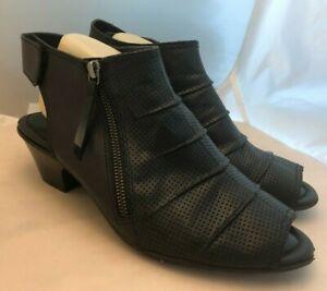 Earth Shoe Hydra Women's Size 10 D Wide Black Leather Slingback Heels Open Toe