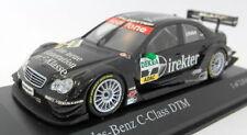Véhicules miniatures noirs avec support pour Mercedes
