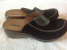 Indigo by Clarks Black Suede Clogs Mules Arch Support Comfort 10 M