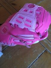 New listing Wilson Pink Glove 9 1/2 Inches. RH Throw.