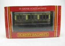 HORNBY RAILWAYS R.446 GWR 4 Wheel Coach 00 Gauge Scale Models
