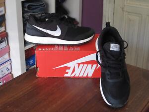 Complicado A bordo Aditivo  Zapatillas deportivas de mujer deportivas negros Nike | Compra online en  eBay