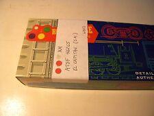 HO Scale Train Miniatures Wooden Boxcar ATSF EL Capitan , KDs