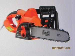 BLACK & DECKER CS2040 ELECTRIC CHAINSAW 400 MM 240 V  BRAND NEW
