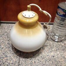 Globe, lampe, lustre ancien à suspension.