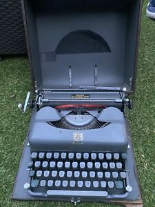 Vintage Imperial Typewriter In Original Box