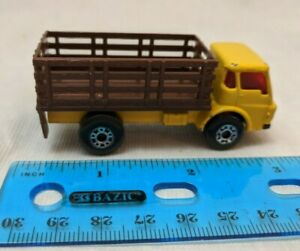 "Matchbox Superfast No71 Cattle Truck Yellow/Brown *Played w/ condition* 3"" long"