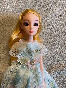 Takara Licca clone doll blonde hair articulated body new dress