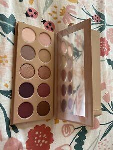 Kim Kardashian ~ KKW Beauty ~Classic Blossom Eyeshadow Palette ~NEW IN BOX