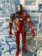 Marvel Legends Hasbro Civil War Series Battle Damage Iron Man Action Figure (H)