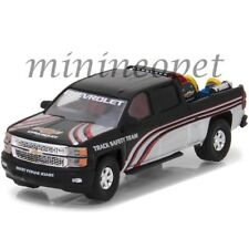 GREENLIGHT 29896 2015 CHEVROLET SILVERADO with SAFETY EQUIPMENT 1/64 BLACK