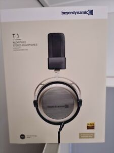 Beyerdynamic T1 Gen 2 Audiophile Headphones - Perfect condition