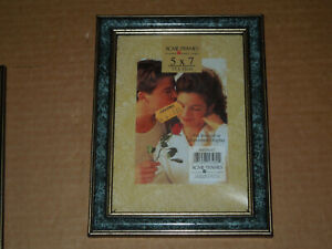 "Vintage Acme Picture Frames 5"" x 7"" Gold Edge Wood Photo Frame"