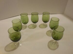 8  Stratford by Heritage Green Bowl/Twisted Stem 6 oz Wine/Water Glasses