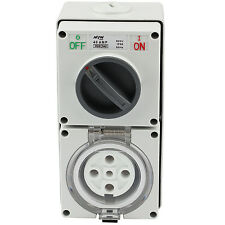 SWITCHED SOCKET OUTLET COBINATION 40 AMP 500V 5 ROUND PIN IP66 S.S.O