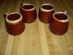VINTAGE SET OF 4 MCCOY POTTERY COFFEE MUGS BROWN DRIP GLAZE USA #7025