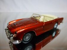 DINKY TOYS 110 ASTON MARTIN DB5 CONVERTIBLE - RED 1:43 - GOOD CONDITION