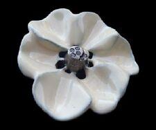 DETAILED WHITE BLOOMING FLOWER PETALS ROSE BELT BUCKLE BOUCLE DE CEINTURE
