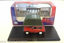 Lada Niva 1981 Red With Roof Tent  1:43 IXO IST VOITURE DIECAST MODEL IST295MR