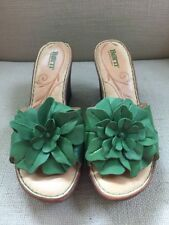 BORN GREEN LEATHER FLOWER WEDGE SANDALS SLIDES SIZE 9
