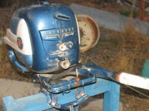 Evinrude  5 1/2  hp OUTBOARD Boat Freshwater