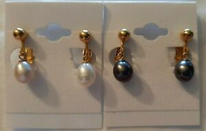 VTG Lot 2 FW White Pearl & Blue Black Pearls Clip On Dangle Earrings 9/10 MM