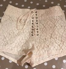 CREAM LACE HIGHTOP LACE UP SHORTS HOTPANTS SIZE 6 ZIP UP SIDE! BRAND NEW RRP£25