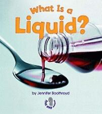 What Is a Liquid? (First Step Nonfiction States of Matter)-ExLibrary