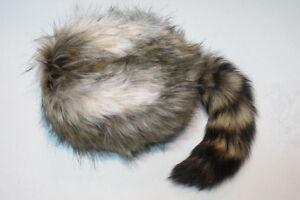 Blondy Davey Crockett Coonskin Cap Real Fur Tail Raccoon Coon Daniel Boone Hat
