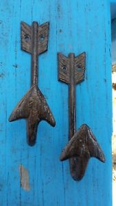 Pr. Cast Iron Wall Mount Arrow Hook Hanger Archery Bow Hunter Native Rustic