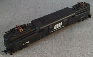 RIVAROSSI AHM GG1 Electric Locomotive Penn Central #4892 VG condition, boxed.