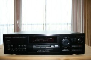Kenwood DMF-9020 Minidisc Recorder in schwarz