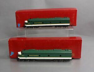 Rivarossi 1946 HO EMD Southern Crescent E-8 AB Diesel Locomotive # 6911-6911/Box