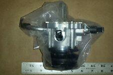 Toyota 29300-54150 Vacuum Pump Assembly LandCruiser Hiace SBV Landcruiser Prado