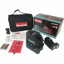 Makita SK103PZ Laser à croisement / point à combinaison auto-nivelante
