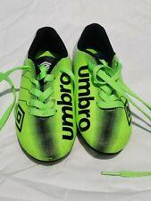 Kids Umbro Soccer Cleats ~ Neon Green Shoes ~ Boys Arturo 11K