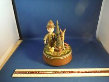 """Vintage Anri Wood Hunter With Gun In A Forest """"Song Of Mouling Rouge"""" Music Box"""