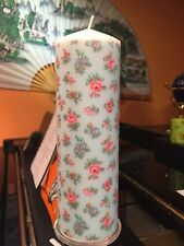 Cath Kidston Highgate Prusse Duck Egg hand decorated pilier bougie 90hrs 21x7cm